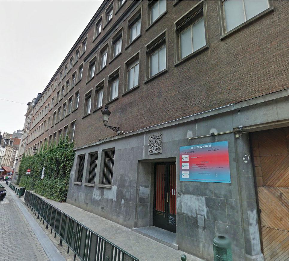 Facade du centre scolaire eperonniers-mercelis à Bruxelles